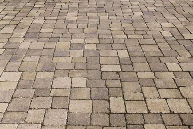 Block Paving Cleaning and Pressure Washing & Re-sanding